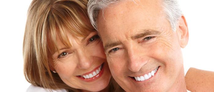 http://medcarespain.com/wp-content/uploads/2014/04/Smile-makeover1.jpg